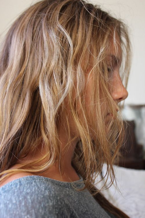 : Cities Style, Beaches Hair, Blonde, Hair Colors, Messy Hair, Hair Looks, Hair Girls, Braids Hair, Girls Hair