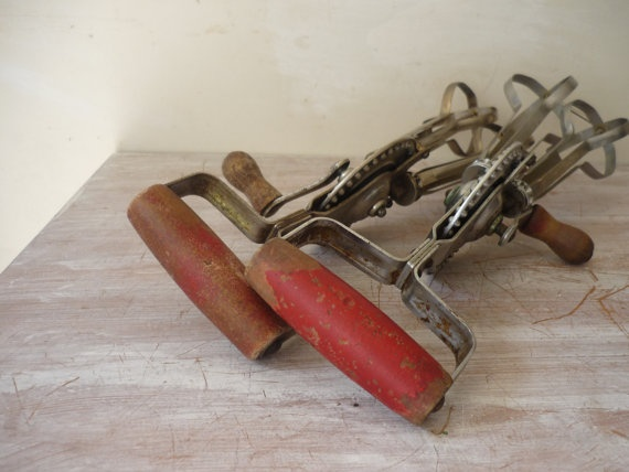 Vintage Hand Beaters ...I Remember Mom Using One Of These : ). Kitchen  GadgetsKitchen ...