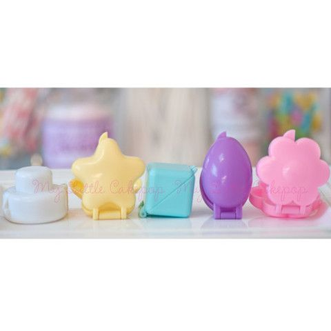 cake pop molds in several different shapes. - My Little Cakepop
