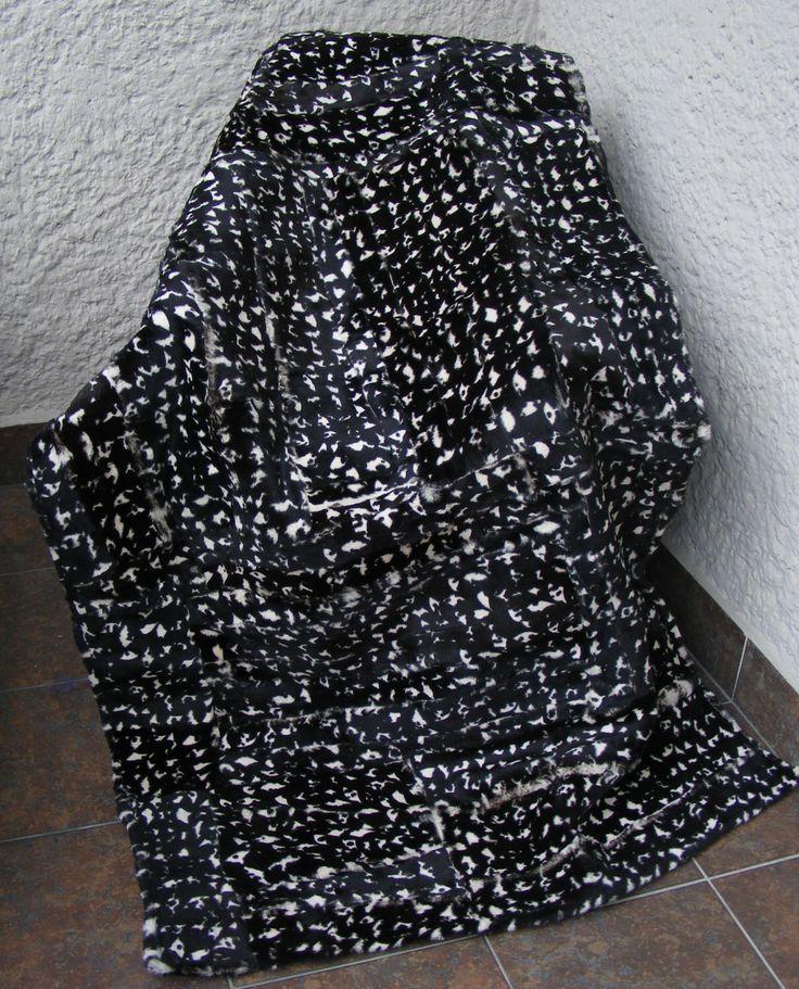 Real,Luxury  Genuine Blanket fur , Bedspread/Throw Rug , Pelzdecke , Felldecke Tagesdecke, MANTA DE PIEL by lunanatural on Etsy https://www.etsy.com/listing/225857155/realluxury-genuine-blanket-fur
