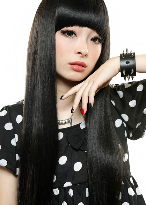 Kyary. Perfect face, hair, fashion