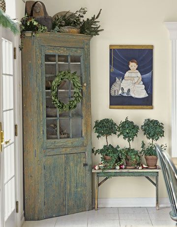 makeover the corner piece in the dining room? like the vintage green.
