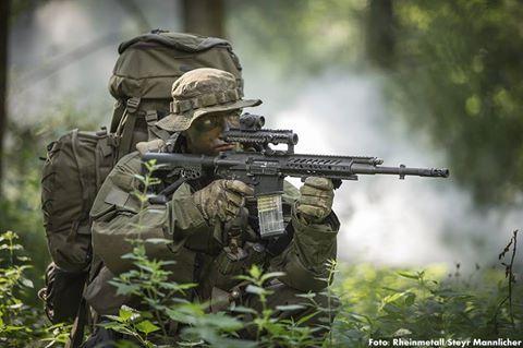 Die Spezialkräfte der Bundeswehr erhalten neue Sturmgewehre. Am 11. Januar startete das BAAINBw die entsprechende Ausschreibung. Bis zum 9. Februar können die Teilnahmeanträge eingesandt werden. Es handelt sich um einen 11 Mio. Euro Auftrag für insgesamt 1.750 Sturmgewehre, die zwischen dem 10. September 2017 und dem 28. Juni 2019 zu liefern sind.