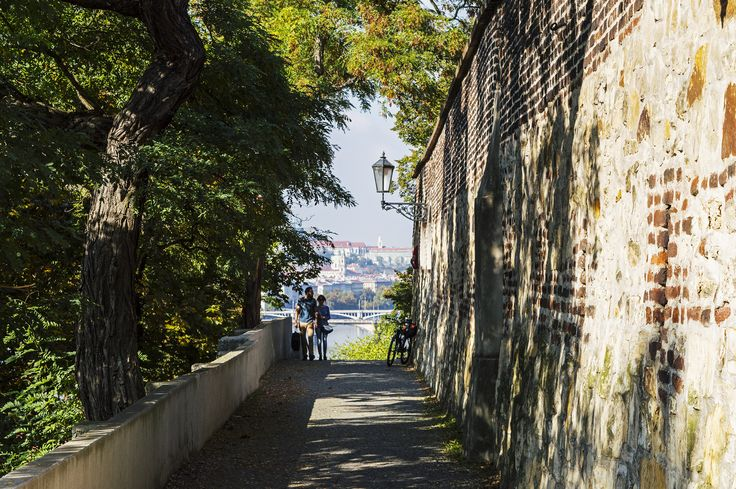 Praha - Vyšehrad. #prague #praha #czechrepublic #vysehrad #traveling #ceskarepublika