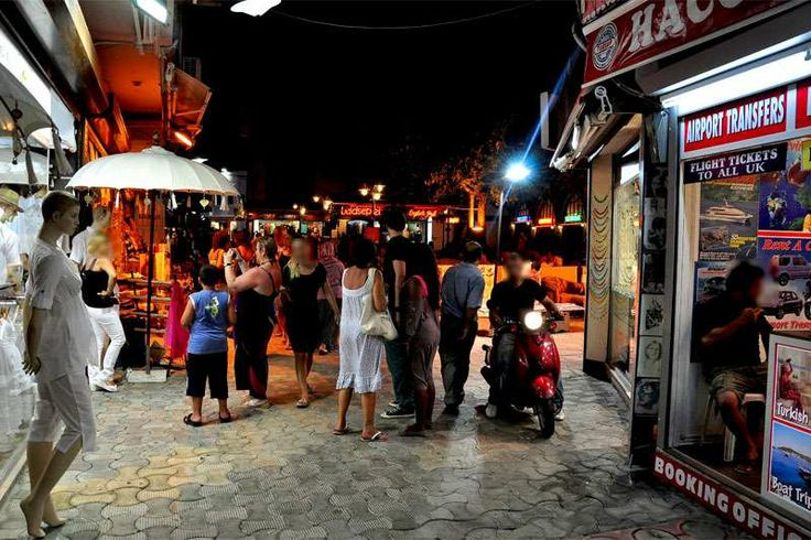 Famous bar street in Marmaris http://www.traveltofethiye.co.uk/explore/excursions-and-guided-tours/marmaris-icmeler/