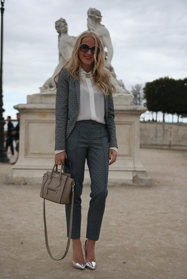 Love this grey suit
