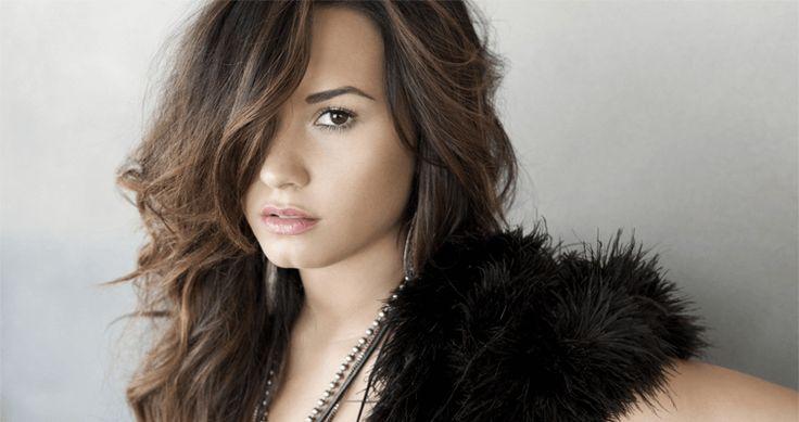 Demi Lovato - https://www.qceleb.com/demi-lovato/