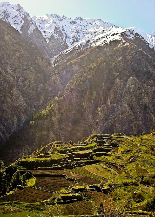 Got visit Gilgit in 1983...beautiful place.