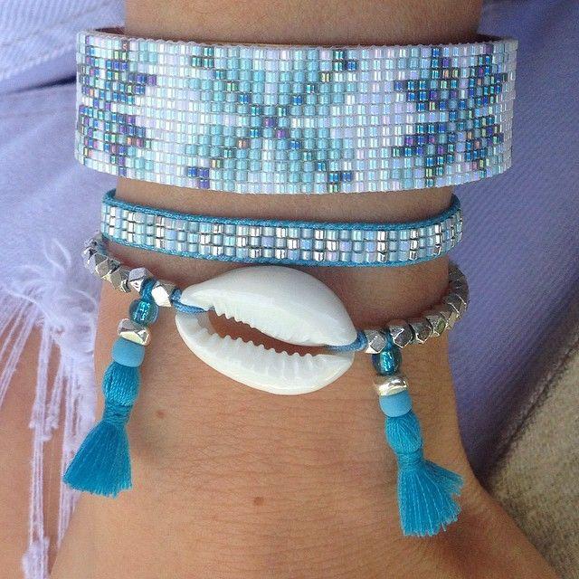 Association de 3 bracelets dans les tons bleus ciel…
