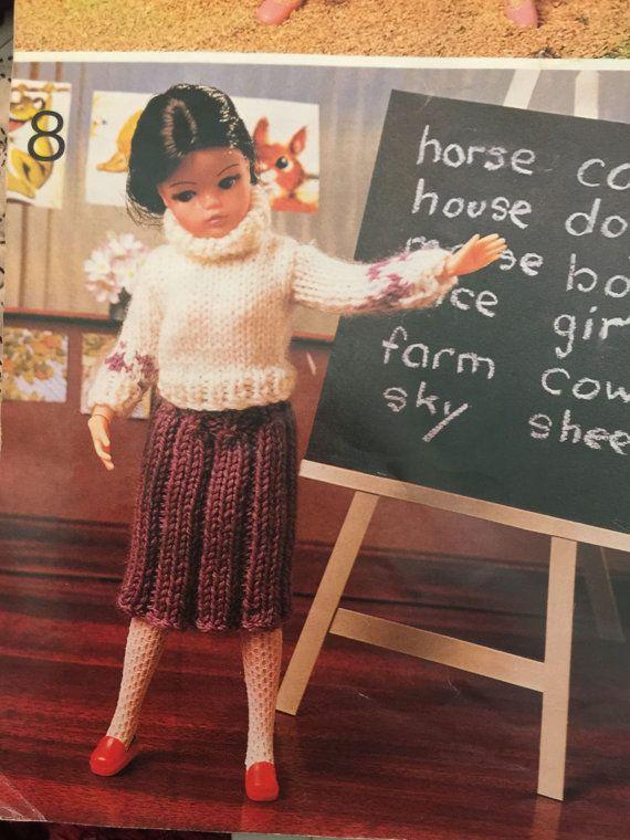 1960s .SIRDAR dolls knitting pattern book 117 GUYS & DOLLS baby, Sin...