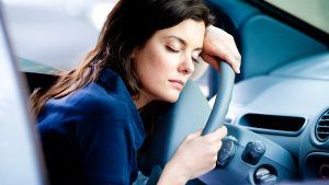 Driving on less than 5 hours sleep is equivalent of driving drunk - http://healthbeautytrainer.com/health/driving-on-less-than-5-hours-sleep-is-equivalent-of-driving-drunk/