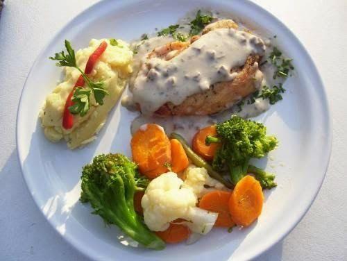 En el banquete de bodas siempre se debe pedir comida de for Platos faciles para cocinar