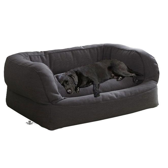 Bitte nicht traurig sein, wenn Ihr Hund nicht mehr in Ihrem Bett schlafen möchte, es gibt Alternativen!     Der Lounger mit seinem stabilen Gehäuse, schenkt Geborgenheit, und ist ein Luxusplatz für alle Hunde die gerne erhöht liegen. Mit seinem dickbauschigen Innenkissen, und seiner ergonomischen, runden Form zum anlehnen, wird er der neue Lieblingsplatz Ihres Hundes sein.