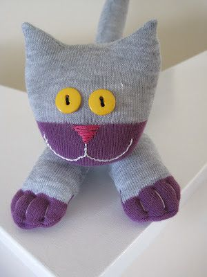 OMG A sock kitteh! How to make a sock cat | The House of Meow