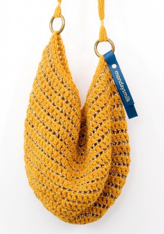 Love the yellow! sies en sal - mustard bag