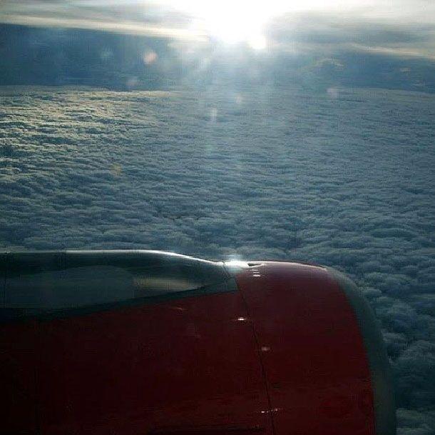 Sobre las nubes de nuestra Colombia