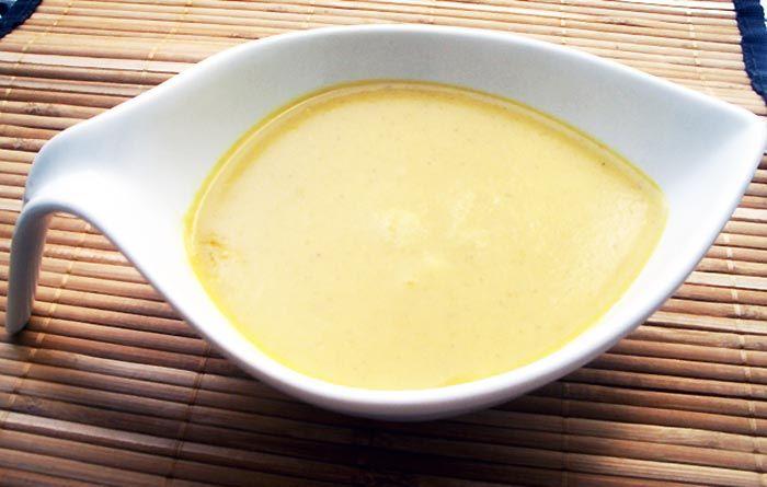 Receta de Salsa de curry de dificultad Fácil para 4 personas lista en 40 minutos.
