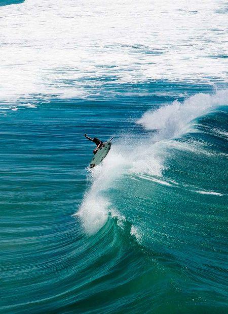 : Watching Surfing, Ocean Waves, Surfing Shenanigans, Surfing 3, Sea, Learn Surfing, Snowboards