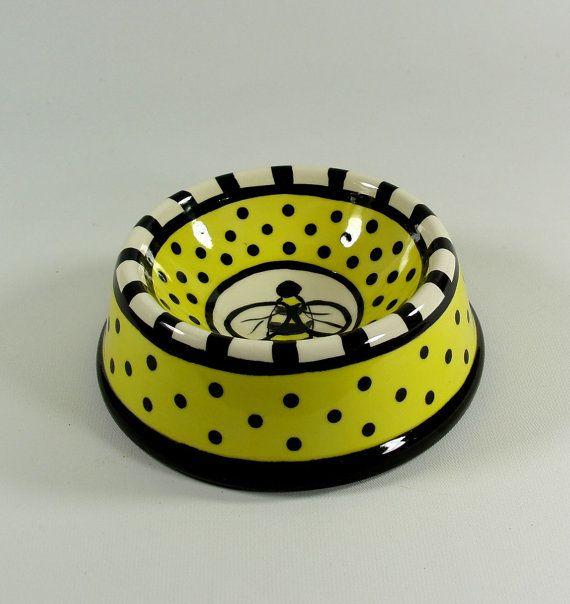 Honey Bee Ceramic Pet Dish Bowl Handpainted Made by beadsbymavis, $29.95