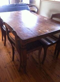 Balinese Style Solid Wooden Dining Table And 4 Chairs