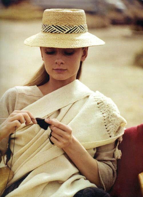 <3 love <3 Audrey Hepburn knitting between takes