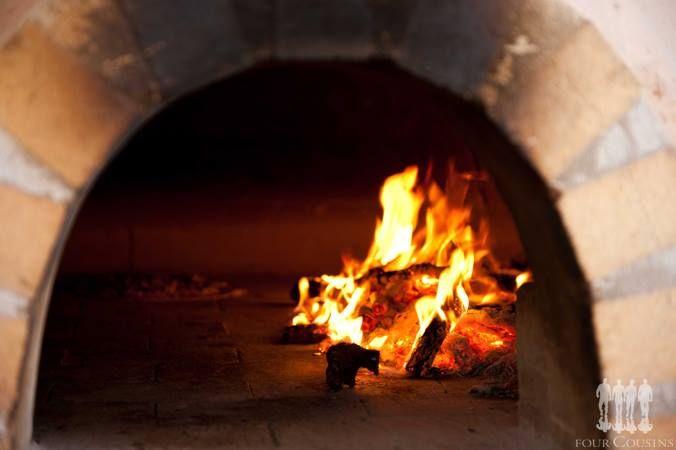 Wood-fired thin-crust pizza's at Christina's @ Van Loveren this #WackyWine!