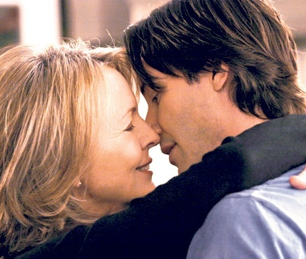 keanu reeves diane keaton age difference in a relationship