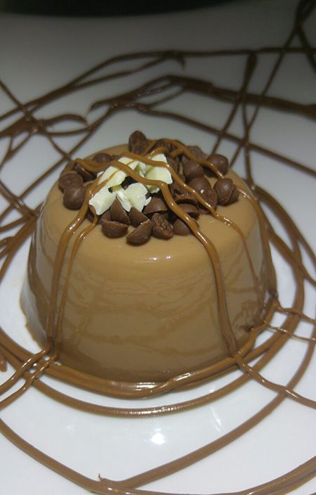 Ζελέ σοκολάτας γάλακτος με Nucrema ION | ION Sweets