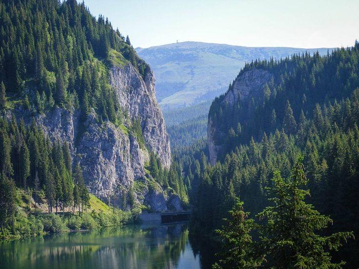 Bolbóci tó a Búcsecs hegységben - Erdély