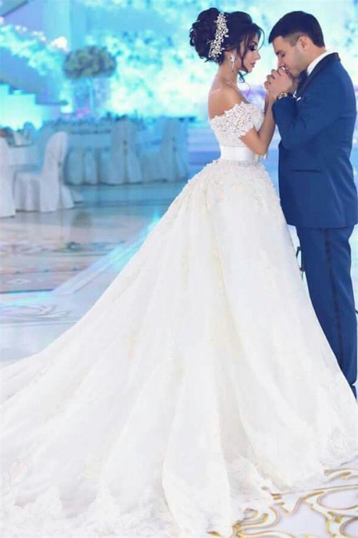 Weg von der Schulter Perlen Spitze Appliques Brautkleider 2018 Tüll Brautkleid mit Bowknot Sash