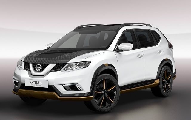 2017 Nissan Rogue - front view