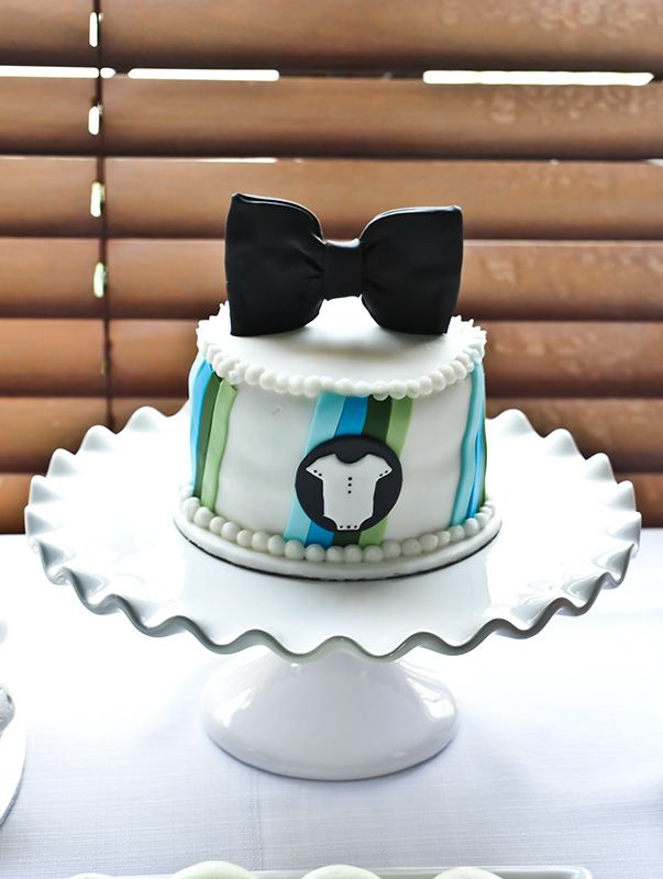 babyshower bowtie theme cake design