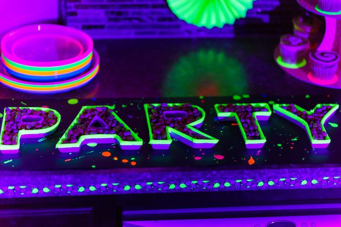 17 Best Ideas About Blacklight Party On Pinterest