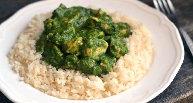 Indiai spenótos csirke recept: Szuperegészséges spenótos csirkemellkockák, indiai fűszerezéssel. Egyszerű, és finom fogás a hétköznapokra! ;)