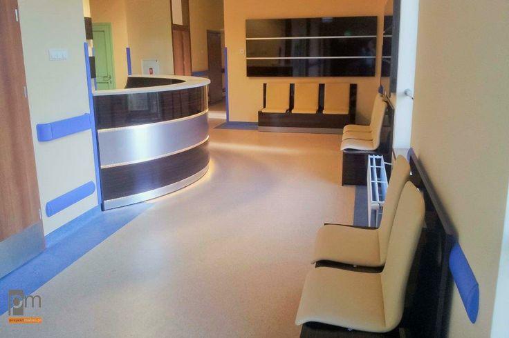 Recepcja Szpital JP 2 Sosnowiec więcej zdjęć na http://www.projektmebel.pl/centrum-pediatri-imienia-jpii