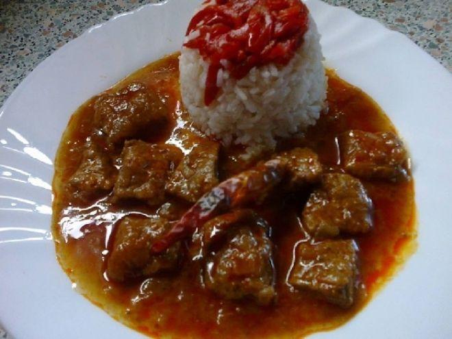 Vepřové maso na uzené paprice