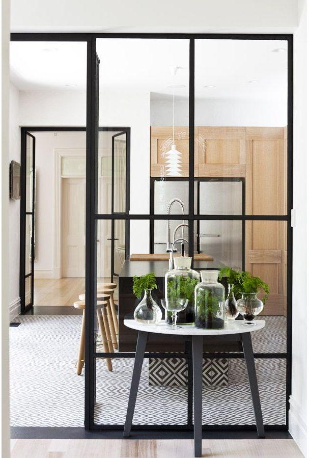 Une verrière dans une cuisine