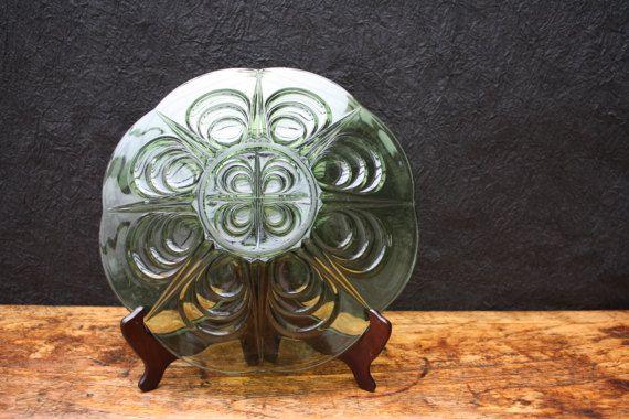 vintage groen geperst glas schaal verre de door BelaCastroAndCo