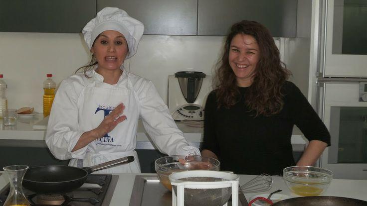 Sonia Fuentes y Marina Antón, alumna del quinto curso de Periodismo Gastronómico y Nutricional UCM, Escuela de Cocina TELVA, 15.03.2014. Imagen Nuria Blanco @nuriblan, @UCMgastro.