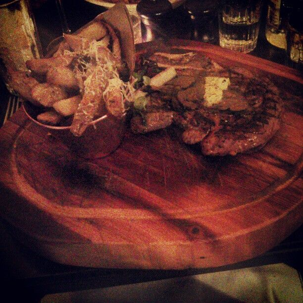 """6 Beğenme, 2 Yorum - Instagram'da @dianeclaymore: """"Steak with truffle butter and shaved truffles"""""""