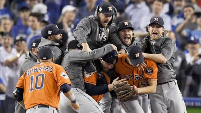TV Ratings: World Series Game 7 Hits Highs, Falls Short of 2016 (Updated) Game 7 of the 2017 World Series on Fox blew away its broadcast competition on Wednesday night, though the game fell well short of the high marks set by 2016's Game 7. According to Nielsen overnight data, the game is currently averaging a 7.0 rating in ...