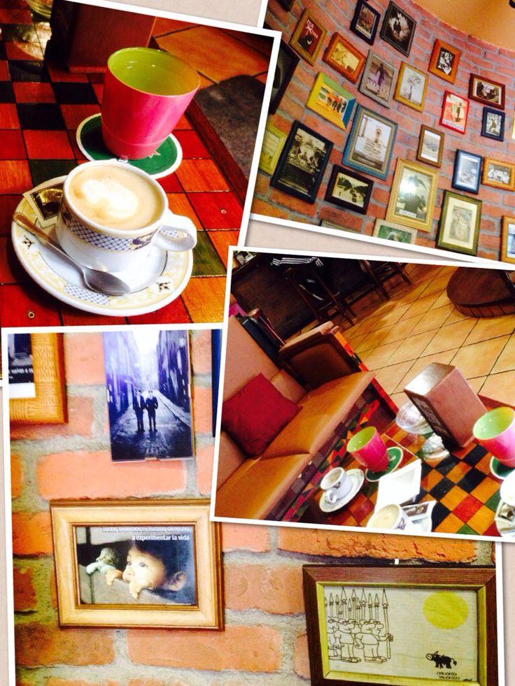La Troya, Luarca, un lugar cálido para tomar un café con leche de soja!