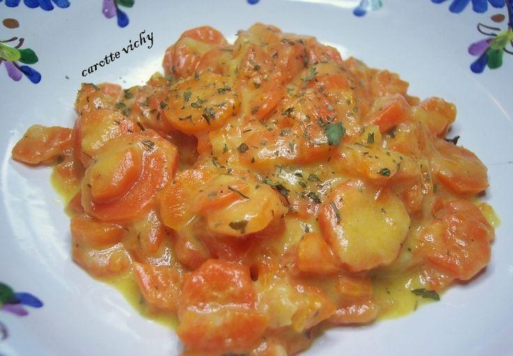 J'ai cru un instant que j'allai trouver mes carottes en bouilli !! mais que nenni !! C'était super et délicieux. Recette au thermomix, mais désolé, j'ai oublié de noter sont nom, mais je sais que c'est sur Facebook. Si vous reconnaissez la recette, faite...