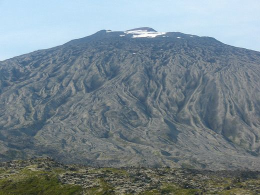 A formerly glacier-tipped volcano that inspired none other than Jules Verne