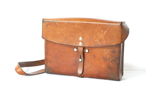 SWISS ARMY BAG 1978 Military Saddle Leather by CurialVintage