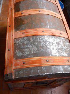 Restauración de un baúl antiguo