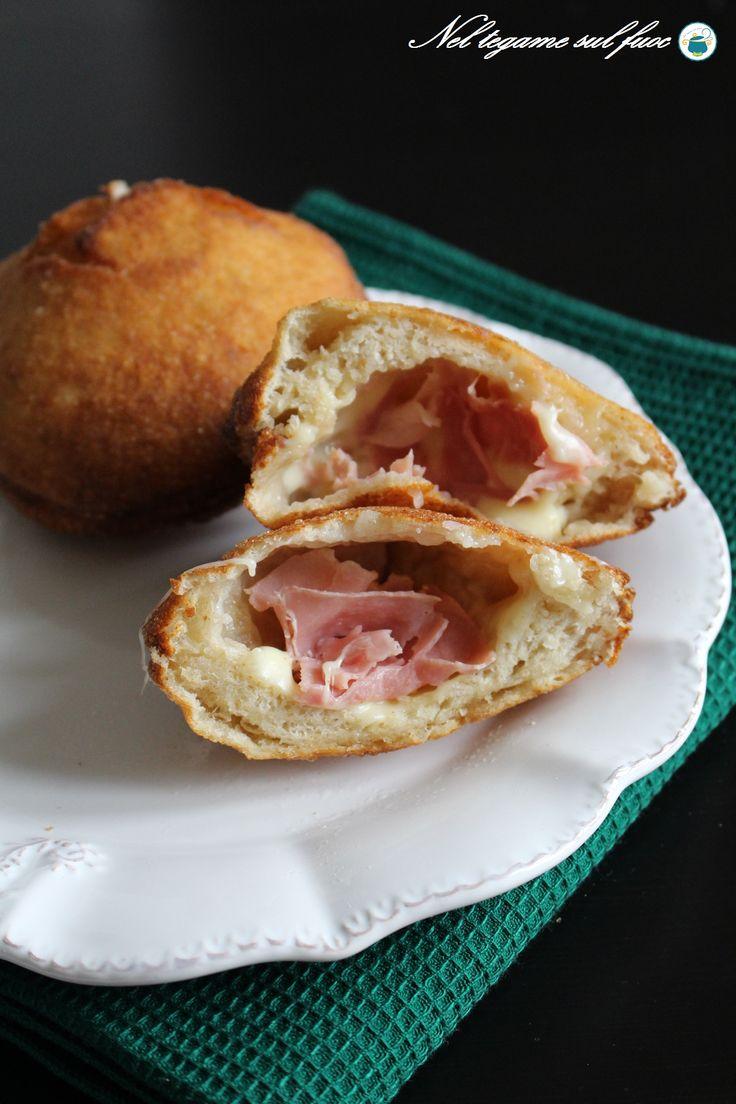 BOMBOLONI SALATI RIPIENI una #ricetta facile con le foto passo passo, arricchitele con formaggio e prosciutto e vi delizieranno!