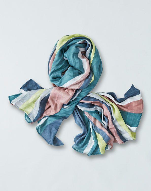 Fint og blødt tørklæde i bambus. Kr. 129,- #bambus #tørklæder #fairtrade #bæredygtigtogsmukt