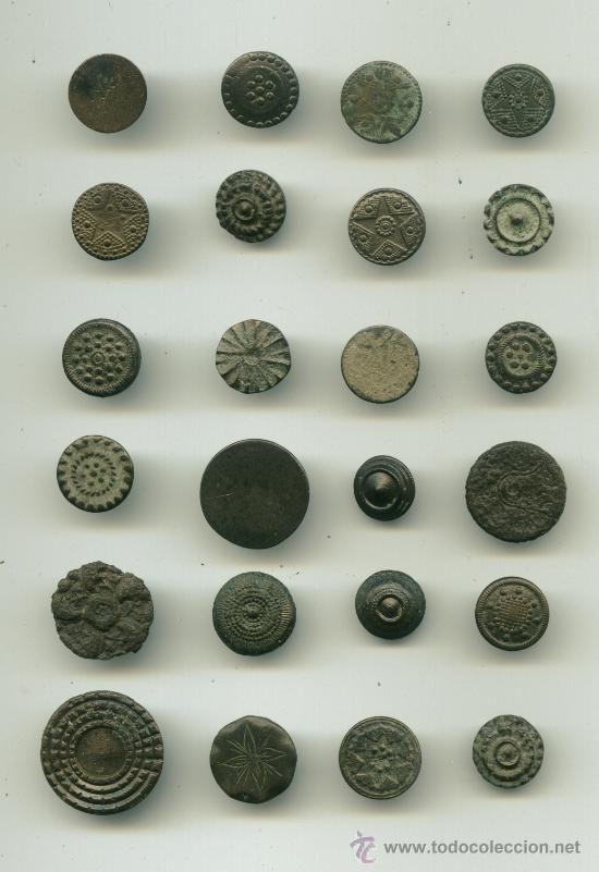 Lote de 24 botones antiguos - Foto 1