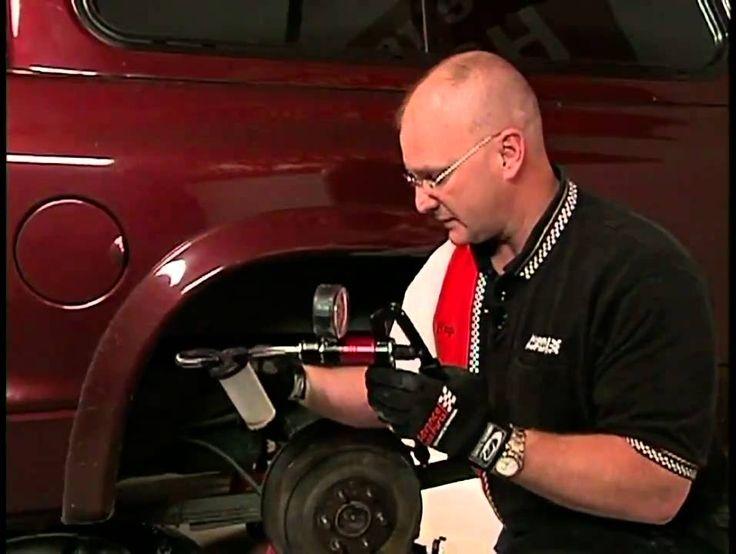 How to Change Brake Fluid Video - Advance Auto Parts